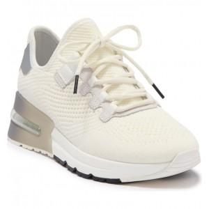 Kodi Sneaker