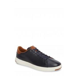 Perforated Low Top Sneaker
